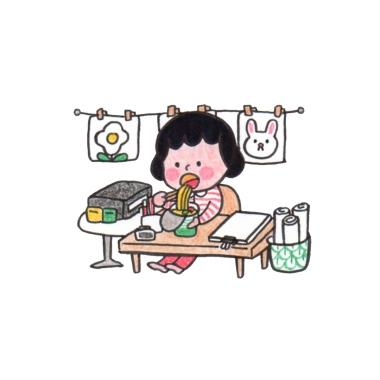 Eat on Desk_1